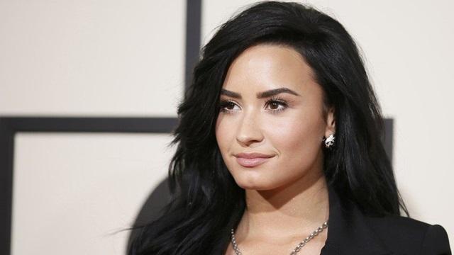 Demi Lovato Pernah Pakai Narkoba dan Tidak Pernah Menyesal